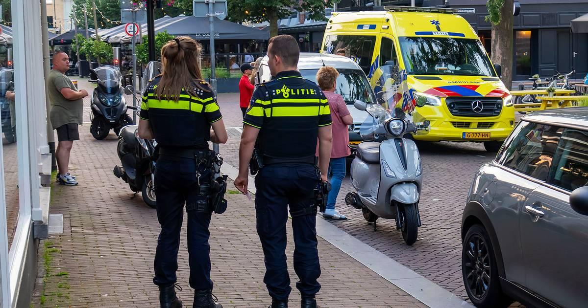 Meisje raakt gewond bij botsing met scooter in Oss, naar ziekenhuis gebracht.