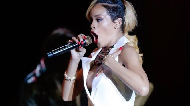 Rihanna betaalt UFO-spotter voor nieuws over aliens