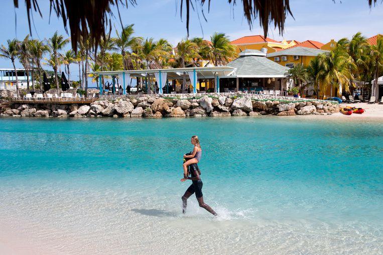 Nederlandse Toeristen  op Curaçao. Beeld Arie Kievit