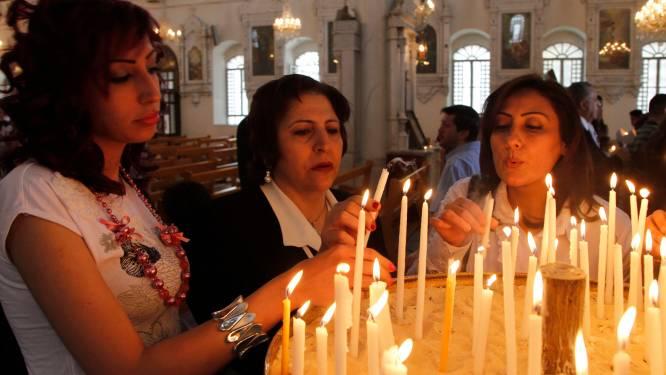 IS laat groep ontvoerde christenen vrij na jaar gevangenschap