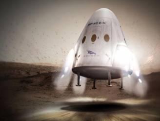 """Musk stelt plannen voor missie naar Mars bij: """"We gaan op andere manier landen"""""""