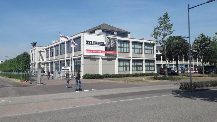 Het Van Maerlant aan de Onderwijsboulevard krijgt nieuwbouw.