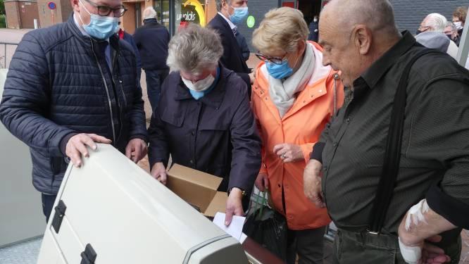 """Deinzenaren testen ondergrondse afvalcontainers uit: """"Hopelijk wordt het hier geen stortplaats"""""""