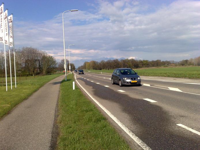 De N348 ter hoogte van Spankeren.