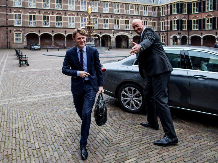 SCP-directeur Kim Putters arriveert op het Binnenhof tijdens de formatie van het kabinet. Uit onderzoek van de Volkskrant komt hij als invloedrijkste bestuurder uit de bus. Beeld Freek van den Bergh