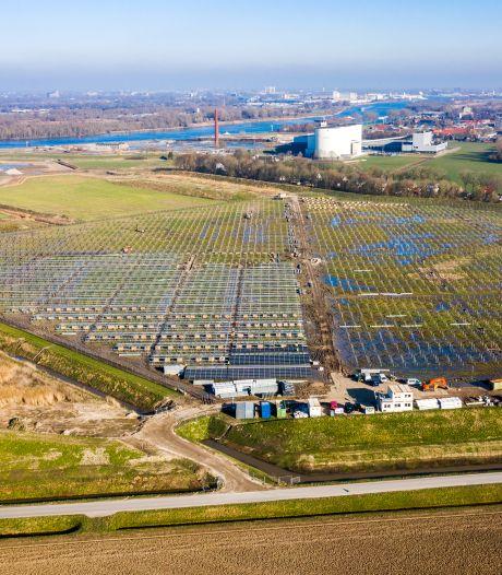 Vragen over omstreden zonnepark: 'Zorgen van inwoners moeten serieus genomen worden'