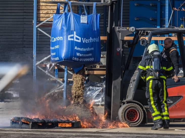 Brand bij coatingbedrijf in Breda, niemand raakt gewond