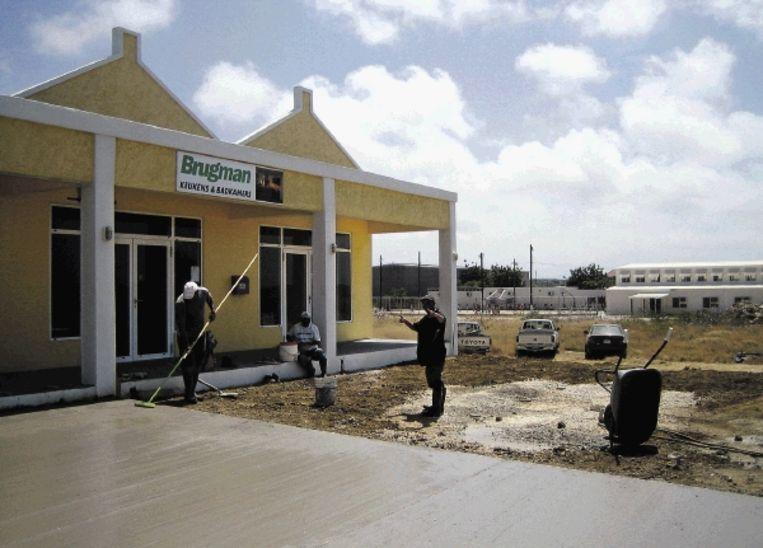 Bonaire is in trek. Niet alleen bij Nederlanders die er een tweede huisje kopen, ook bij Nederlandse bedrijven. (FOTO BART ZUIDERVAART, TROUW ) Beeld