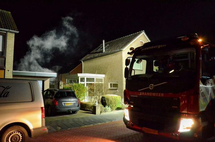 Afgelopen weekend ging een tuinhuisje aan de Seringenlaan in vlammen op.