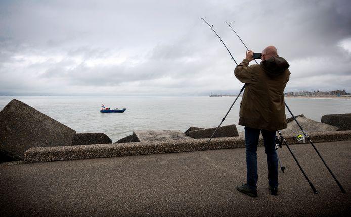 Staandwantvissen staat ter discussie op deze locatie omdat het gevaarlijk zou zijn.