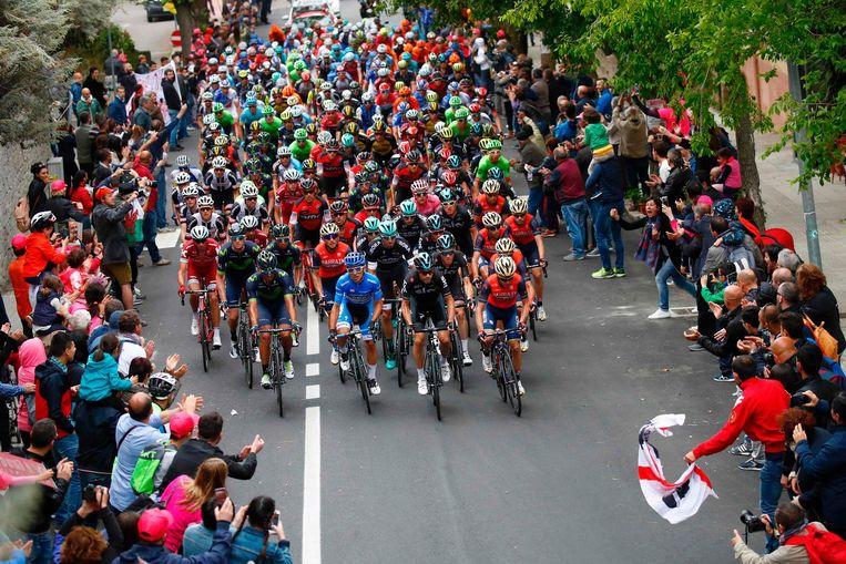 De tweede etappe was van Olbia tot Tortolli. Beeld afp