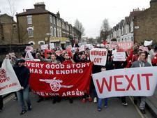 Arsenal-fans houden anti-Wengermars