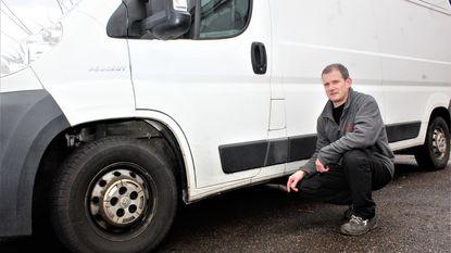 Dieven boren gat in brandstoftank (en laten gigantische troep achter)