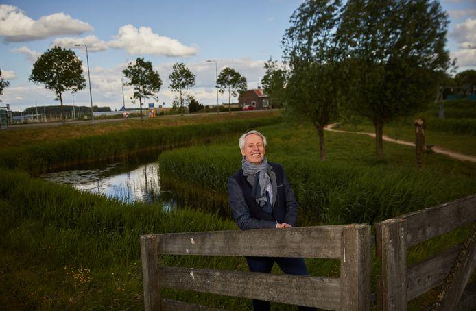 Dijkgraaf Jan Bonjer heeft de wind van voren gekregen van de afgetreden heemraden Petra van Nes en Piet Kome. Zelf bleef hij op zijn post.