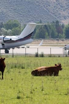 """Ballet de jets privés au fin fond de l'Idaho: Zuckerberg et cie en route pour un """"camp d'été pour milliardaires"""""""