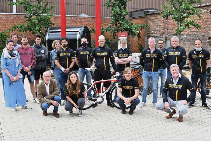 Younited Cycling helpt een groep kwestbare Roeselarenaars  vooruit in hun leven en de maatschappij.