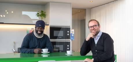 Franse ondernemers vangen daklozen op in eigen kantoor: 'Kost ons eenmalig 1000 euro'