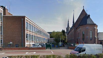 """Personeelslid Sint-Victor besmet met coronavirus: """"School blijft open, geen reden tot paniek"""""""