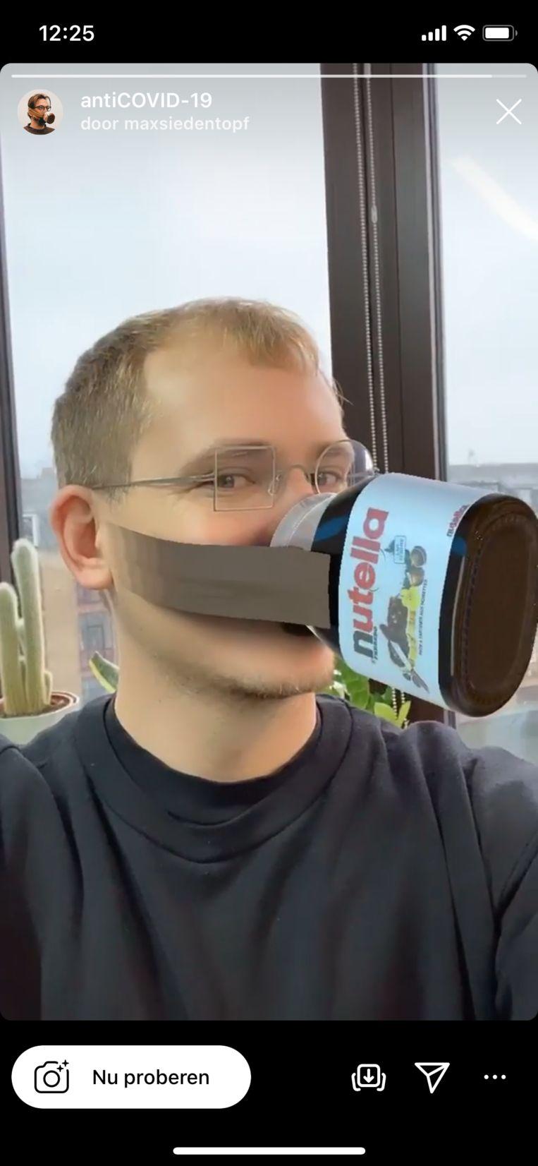 Max Siedentopf met zijn ludieke filters in de reeks 'How-To survive a Deadly Global Virus'. Beeld