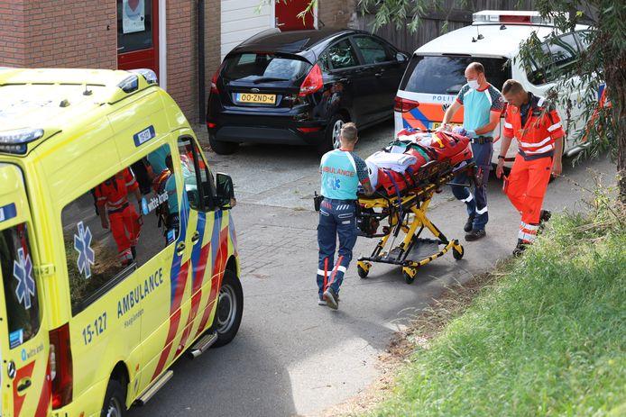 Een vrouw is ernstig gewond geraakt na een val van de Trambrug in Schipluiden.