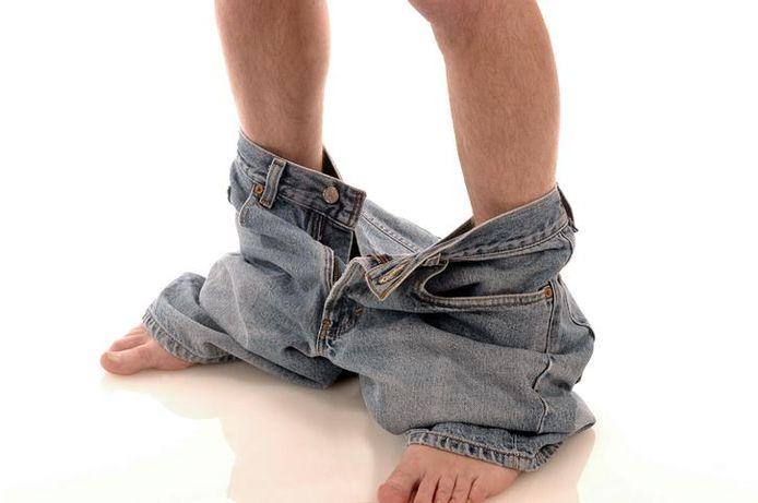 Bij een derde bezoek liet de man zijn broek effectief zakken.