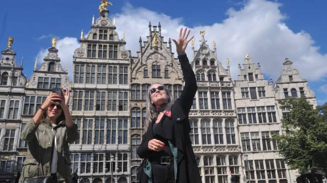 """Stadsgids organiseert 'versoepelingstours' door Antwerpen: """"Het werd tijd om eens na te denken over wat wél mag"""""""