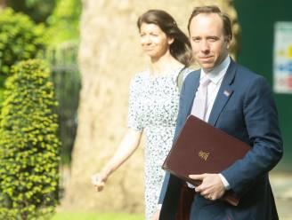 Camera in kantoor betrapte Britse minister van Volksgezondheid uitgeschakeld, maar politici vragen zich af waarom die daar hing