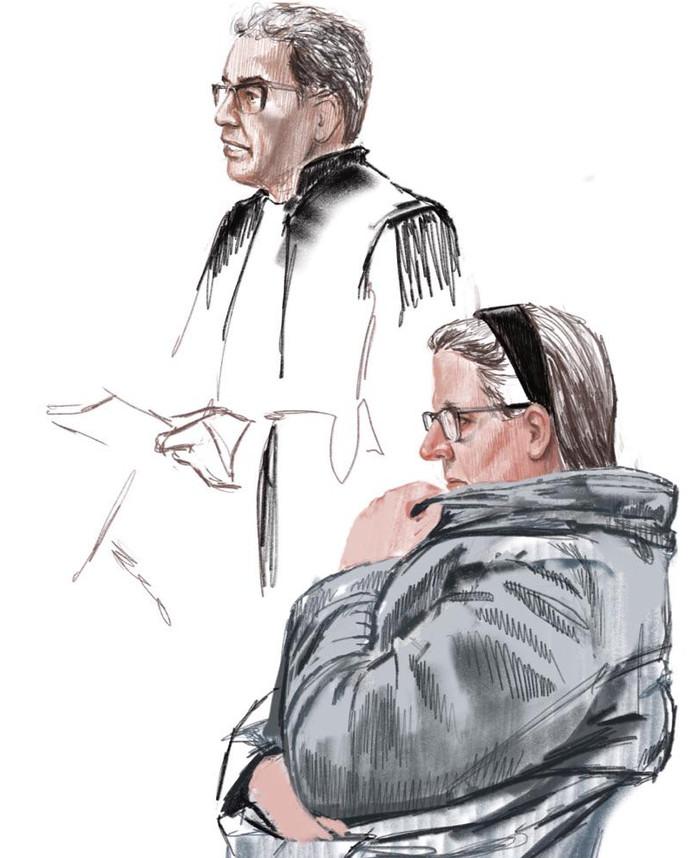 De 48-jarige vrouw uit Bleskensgraaf en haar advocaat Henk Schwab.