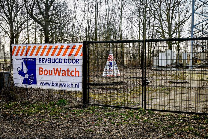 Sinds de hausse aan zendmastbranden worden zendmasten op veel plekken met camera's beveiligd, zoals hier in Oudenbosch.