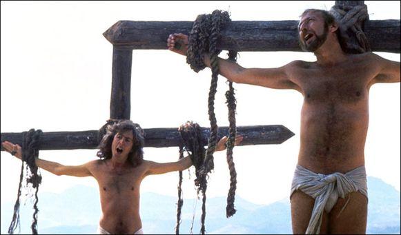 De kruisigingsscène bleek een struikelblok te zijn in 'Life Of Brian'.