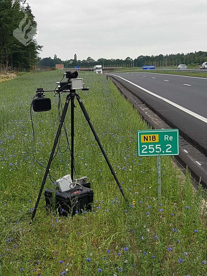 Snelheidscontrole op N18