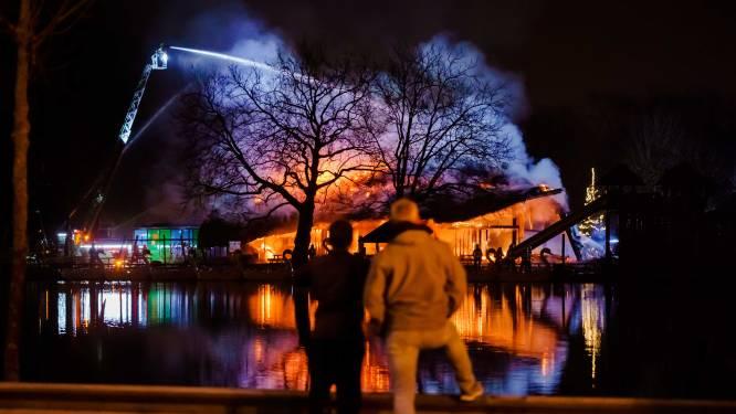 Celstraffen dreigen voor verdachten brandstichting Plaswijckpark: 'Ze wilden een kampvuur'