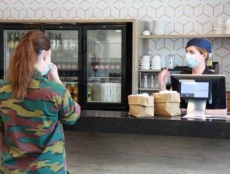 """Vernieuwde cafetaria verwelkomt militairen: """"Bijdragen aan thuisgevoel en gezellige ontmoetingsplek creëren"""""""