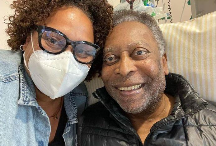 Pelé avec sa fille à l'hôpital ce vendredi