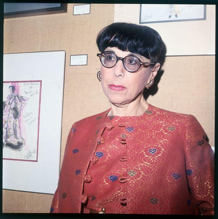 Kostuumontwerpers Edith Head heeft met acht beeldjes de meeste Oscars op haar conto. Beeld Bettmann Archive