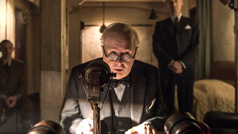 Gary Oldman in Darkest Hour van Joe Wright Beeld