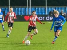 Knieblessure maakt voortijdig einde aan seizoen van Laura Strik bij PSV