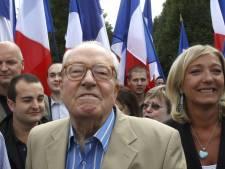 Jean-Marie Le Pen présent au défilé du parti du 1er mai