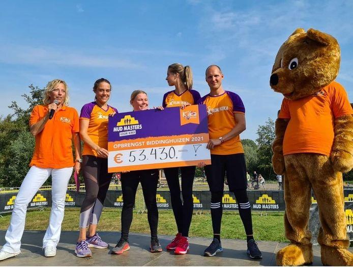 Deelnemers van KiKa haalden in Biddinghuizen ruim 53.430 euro op voor onderzoek naar kinderkanker.