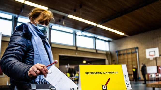 Meerderheid in Arnhem wil af van betalen per afvalzak; Containers gaan weer open