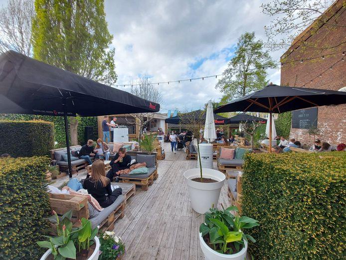 Heropening terrassen lokt Poperingenaars uit hun kot: Jardin 'O Sud