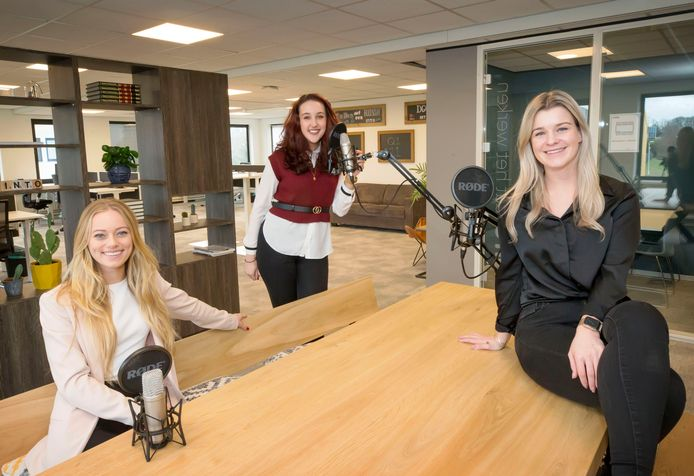 De Bredase Amy, Chrisje en Femke hebben sinds kort een podcast: De Ambitieuze Vrouwen Podcast.