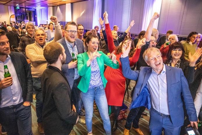 GroenLinks viert de winst voor de partij in het provinciehuis in Zwolle.
