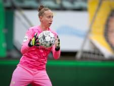 PSV-keepster Sari van Veenendaal balanceert op een dun lijntje: 'Zo ver mogelijk oprekken naar de goede kant'