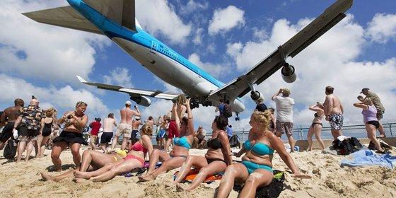 De luchtvaart wil best vergroenen, maar kom niet aan de groei