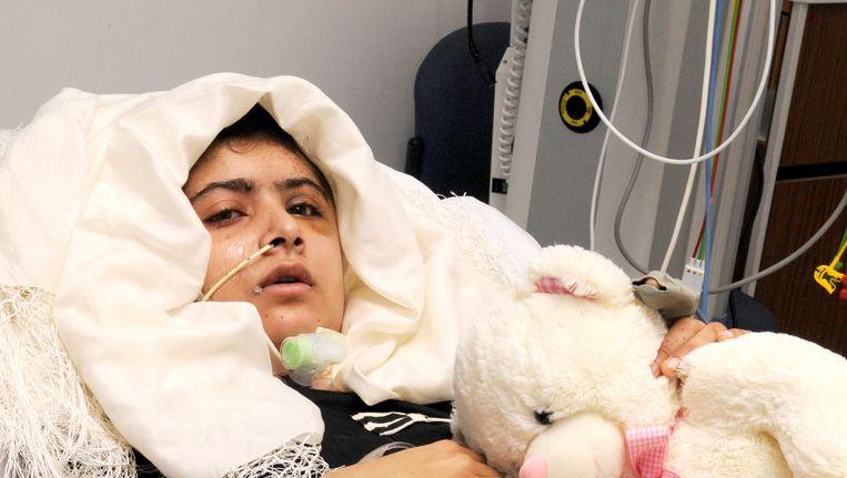 Malala Yousufzai in het ziekenhuis. Beeld ap