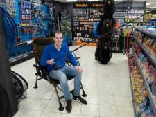 Droom van visser Joris komt uit: hij begint zijn eigen hengelsportwinkel in Gennep