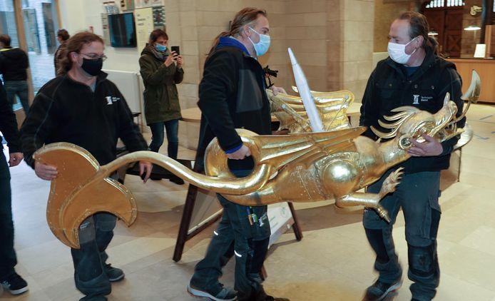 Nadat ze naar beneden werd gebracht, kreeg de draak een plaatsje in het museum