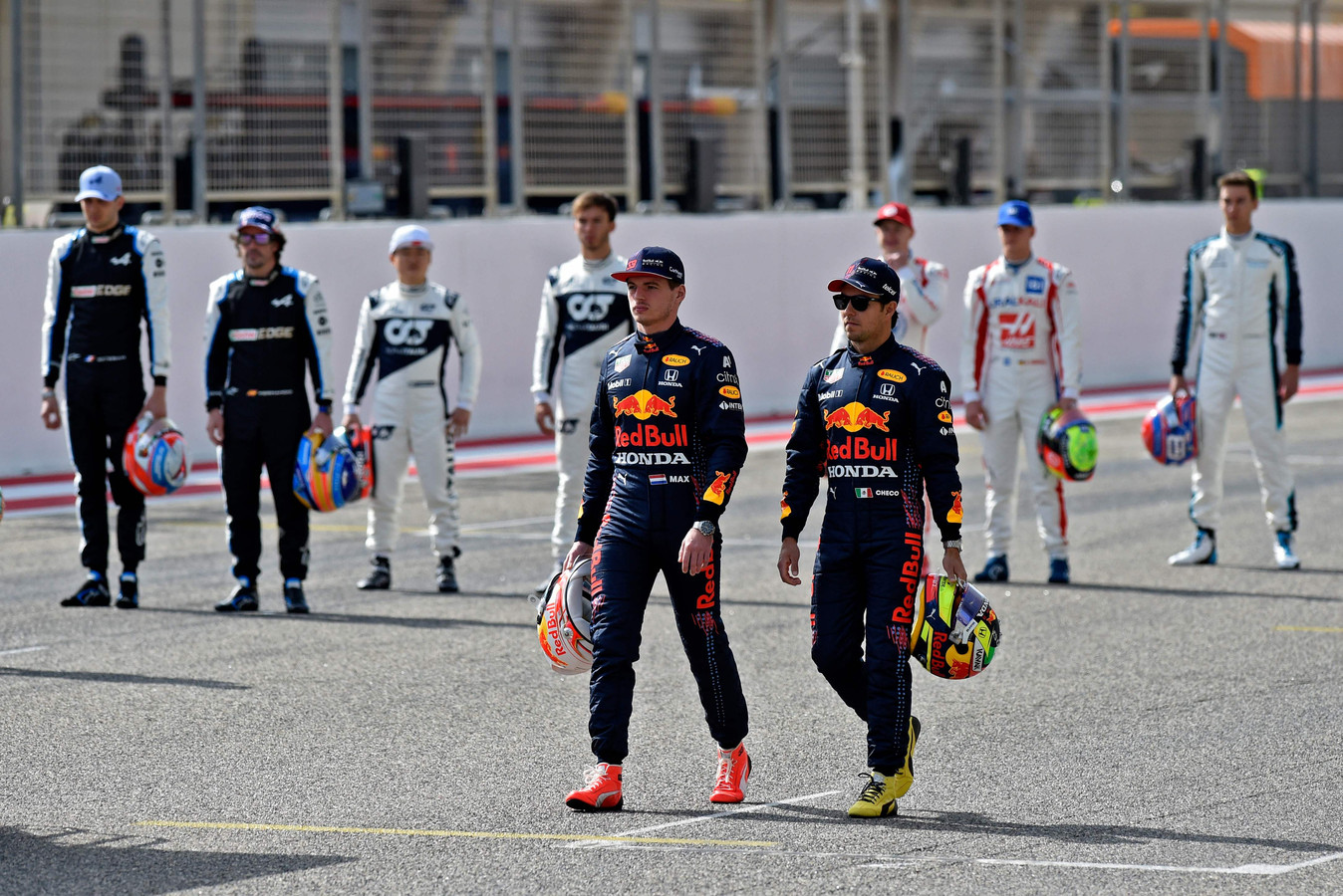 Max Verstappen samen met Sergio Pérez.