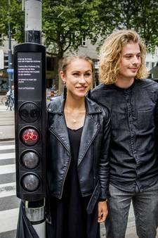 VIDEO: Carlijn uit Dongen ontwikkelt belonend verkeerslicht: 'We willen fietsers uit hun dagelijkse routine halen'